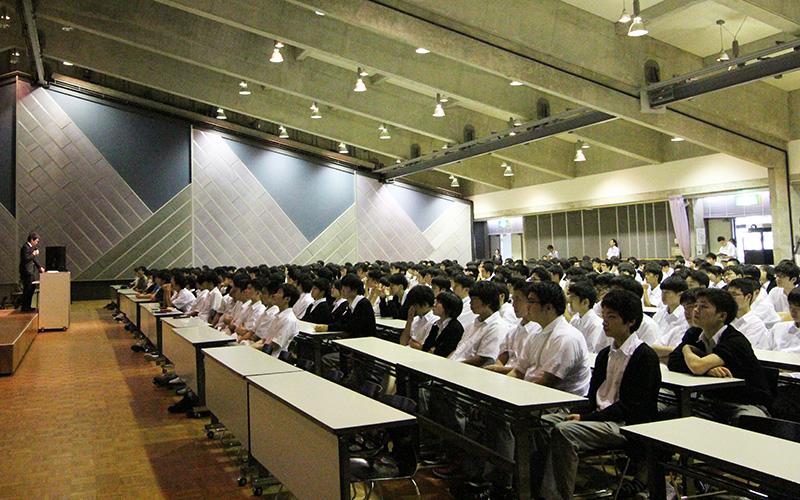 薬物乱用防止教室・サイバー安全講習会を実施しました
