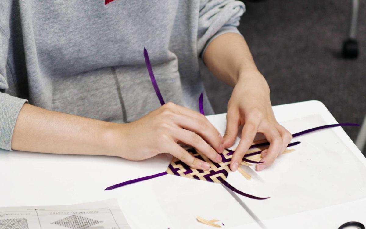 400年前から伝わるヒノキ細工を体験しました。